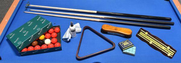 SNOOKER Tisch Zubehör-Set mit komplettem, reihhaltigem Spielzubehör für Snooker