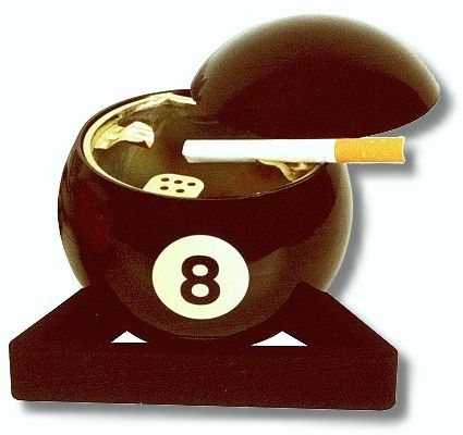 Aschenbecher 8-ball
